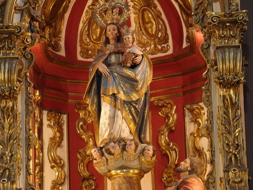 Buenos Aires Iglesia del Pilar Imagen titular en el retablo mayor